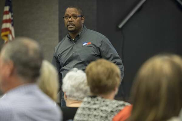 MISD Superintendent Orlando Riddick speaks 9/14/17 to Midland parents, community members and district employees at the first of five Listen and Learn community meetings. Tim Fischer/Reporter-Telegram