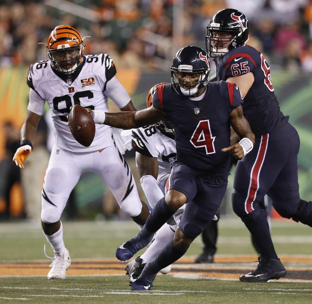 Houston Texans quarterback Deshaun Watson (4) scrambles during the foiurth quarter of an NFL football game at Paul Brown Stadium on Thursday, Sept. 14, 2017, in Cincinnati. ( Brett Coomer / Houston Chronicle )