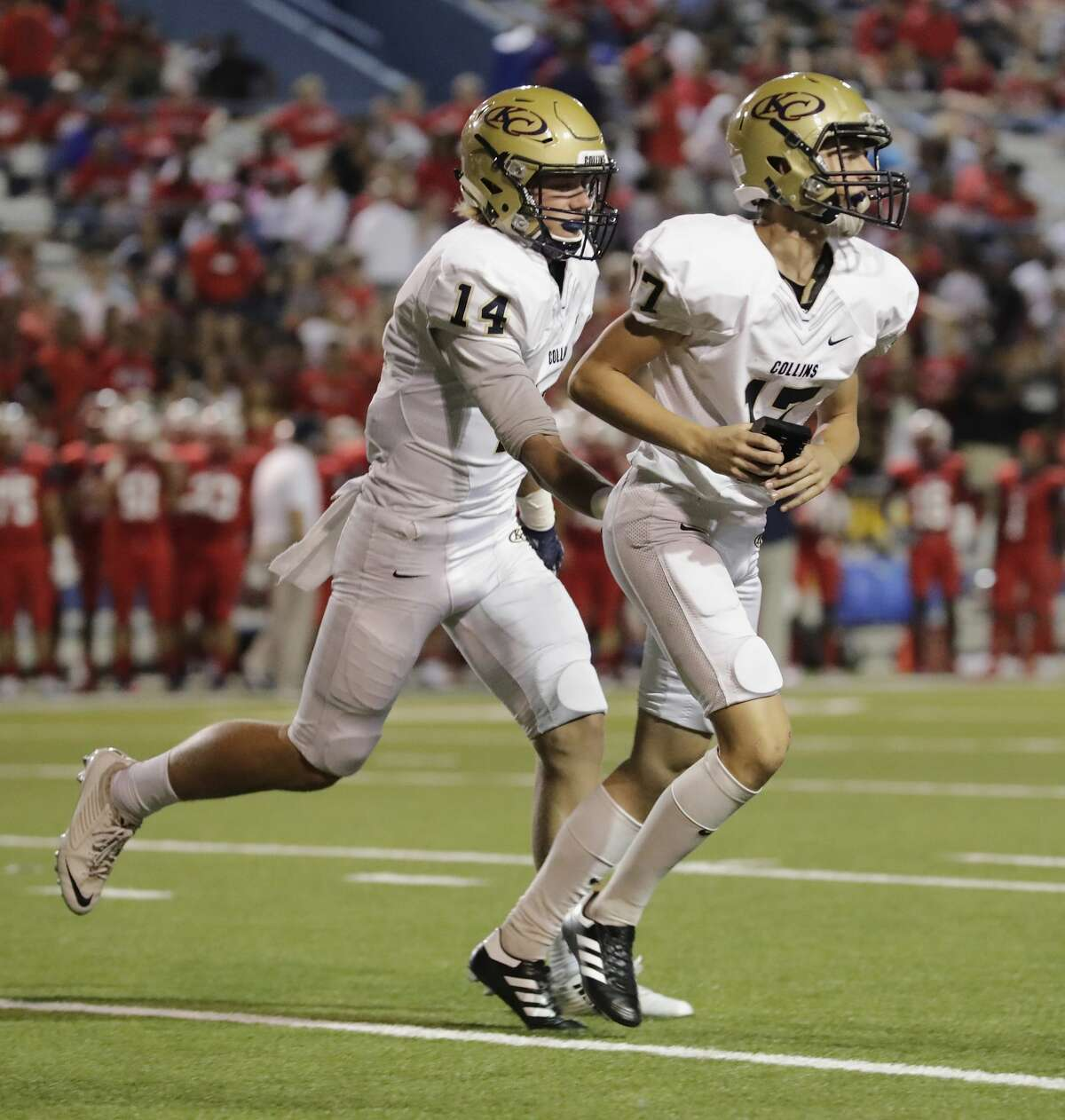 HOUSTON CHRONICLE HIGH SCHOOL FOOTBALL RANKINGS Class 6A 2. Klein Collins 1-0 (128)