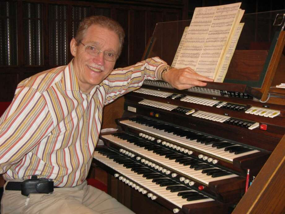 After 23 years of bringing music to Old Greenwich, John Stansell is stepping down as music director of First Congregational Church — but not before one final performance. On Sunday, he will play the last of six Mendelssohn Sonatas to mark his retirement day. Photo: Anne W. Semmes / Greenwich Citizen