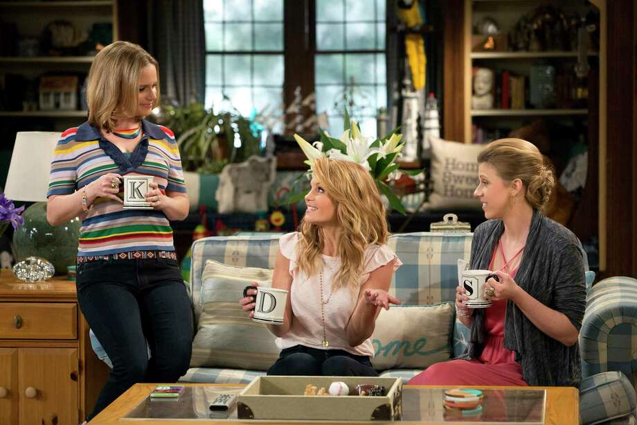'Fuller House' Season 3 Trailer: The Tanner Family Celebrates A Milestone