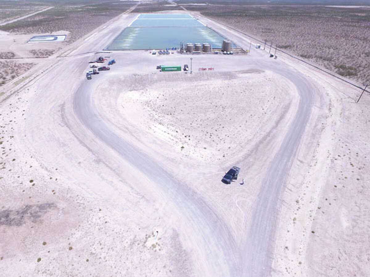 From this aerial view you can see the right of way for power and for the pipeline (frac ponds in background). Proper power planning prevents problems, promoting production in the future. Call ePower at 432-695-4995 to learn more.