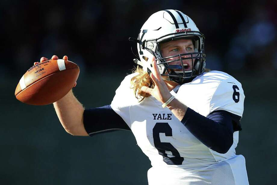 BOSTON, MA - NOVEMBER 19:  Kurt Rawlings #6 the Yale Bulldogs throws a pass in the first quarter of a game against the Harvard Crimson at Harvard Stadium on November 19, 2016 in Boston, Massachusetts.  (Photo by Adam Glanzman/Getty Images) Photo: Adam Glanzman / Getty Images / 2016 Adam Glanzman