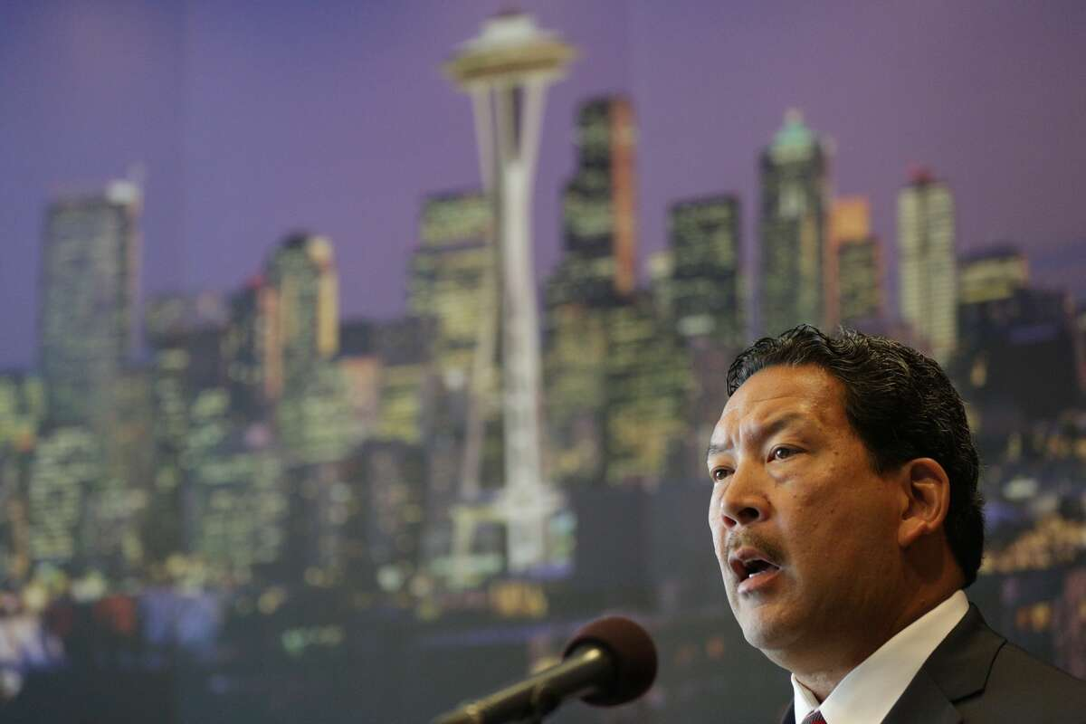 Seattle Interim Mayor Bruce Harrell announced that he would not fill the remainder of Ed Murray's term at a City Hall press conference on Friday, September 15, 2017.