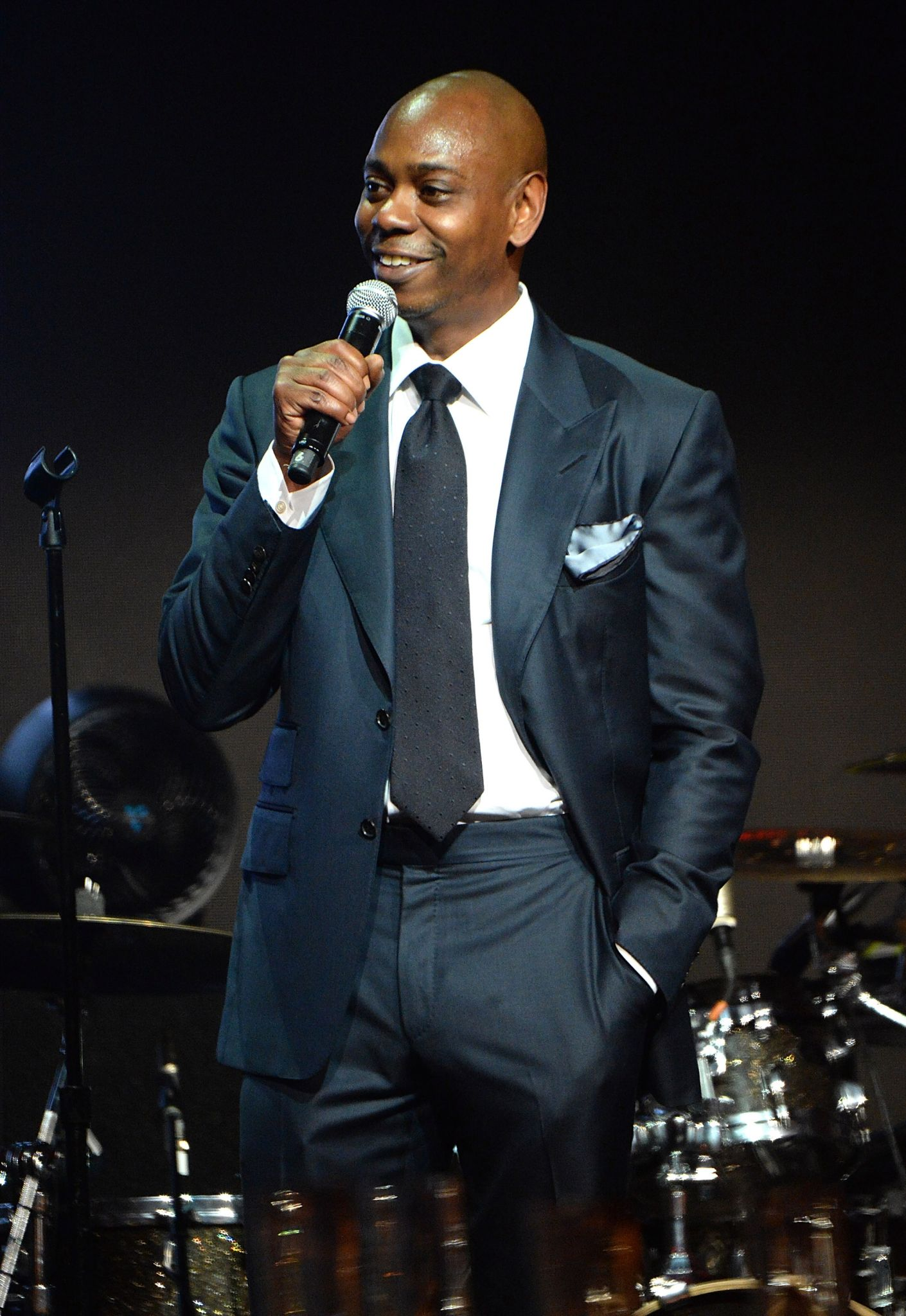 dave chappelle to drop surprise second netflix stand