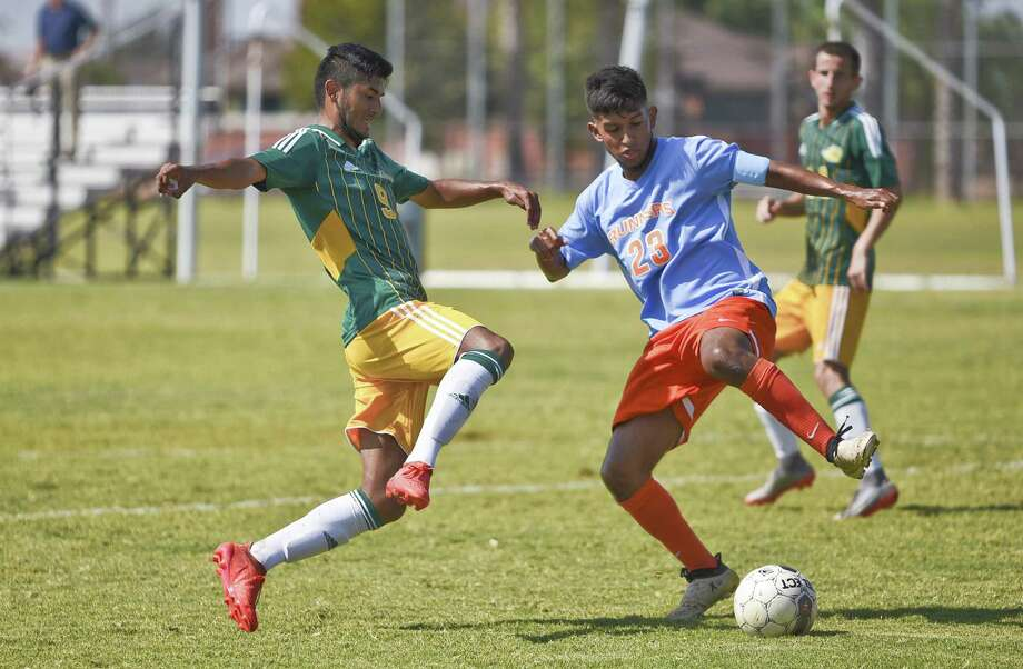 Avinadan Garcia scored the first of five LCC goals on Friday as the Palominos knocked off Pearl River CC 5-0 in the South Conference Semifinals. They face No. 4 Tyler JC, the defending national champions, Saturday in the Finals. Photo: Danny Zaragoza /Laredo Morning Times File / Laredo Morning Times