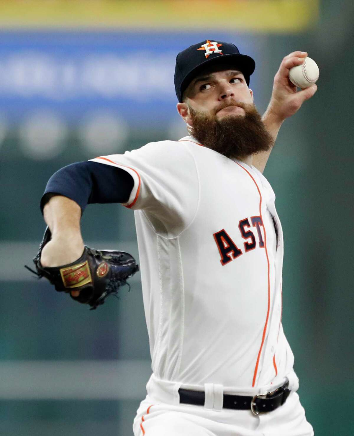 Houston Astros starting pitcher Dallas Keuchel (60) pitches during the first inning of an MLB baseball game at Minute Maid Park, Saturday, Sept. 16, 2017, in Houston.