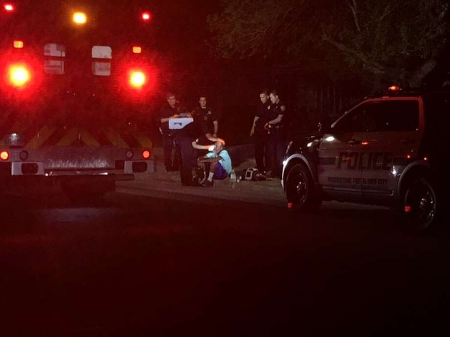 A man is treated for knife cuts on the far West Side after a confrontation turned violent, police said Saturday, Sept. 16, 2017. Photo: Alexandro M. Luna
