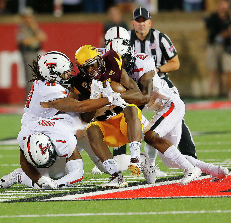 Tech takes down Houston on first road game, 27-24