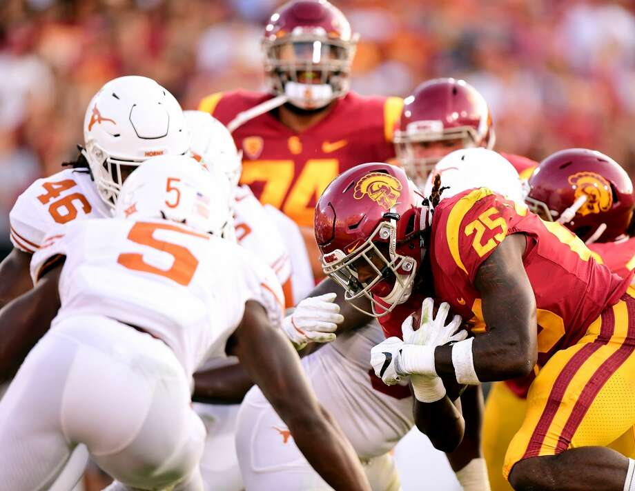 LOS ANGELES, CA - SEPTEMBER 16:  Ronald Jones II #25 of the USC Trojans is stopped from the endzone during the first quarter against the Texas Longhorns at Los Angeles Memorial Coliseum on September 16, 2017 in Los Angeles, California.  (Photo by Harry How/Getty Images) Photo: Harry How/Getty Images