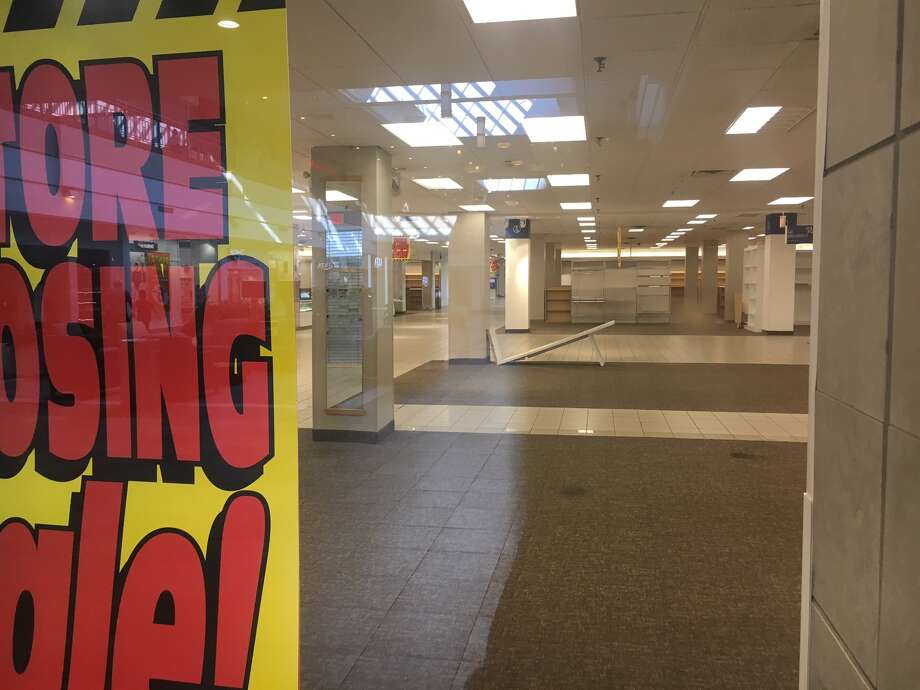 The Sears at Colonie Center officially closed Sunday Sept. 17 2017 afternoon after & Sears at Colonie Center shuts doors for good Sunday - Times Union Pezcame.Com