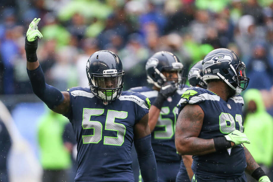 Seahawks defensive lineman Frank Clark works the crowd in the first half against the San Francisco 49ers at CenturyLink Field on Sunday, Sept. 17, 2017. Photo: GRANT HINDSLEY, SEATTLEPI.COM / SEATTLEPI.COM