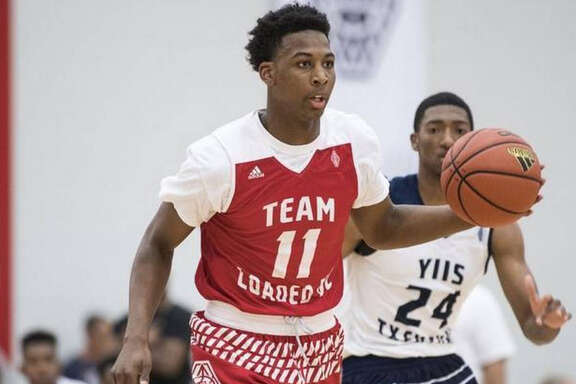 Nate Hinton announced his commitment to the University of Houston on Sunday.