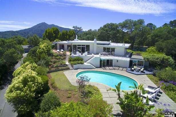 Behold the estate. Photos via Thomas Henthorne
