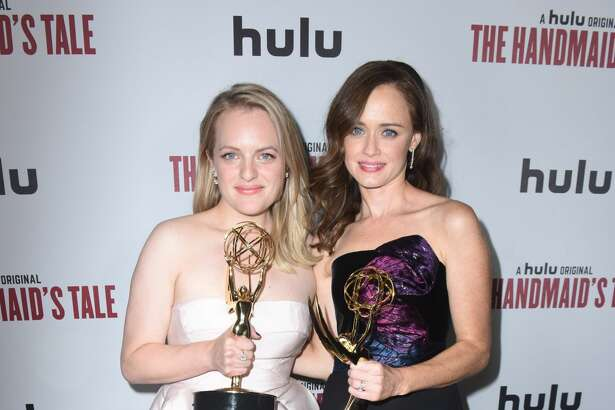 LOS ANGELES, CA - SEPTEMBER 17:  Actresses Elisabeth Moss and Alexis Bledel attend Hulu's 2017 Emmy After Party on September 17, 2017 in Los Angeles, California.  (Photo by Vivien Killilea/Getty Images for Hulu)