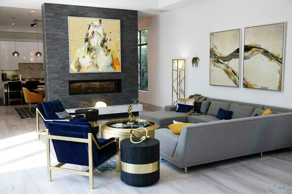 The living room at Keli Rabon Davis and Brandon Davis' house in Highland Village Tuesday, Sept. 12, 2017 in Houston. ( Michael Ciaglo / Houston Chronicle)