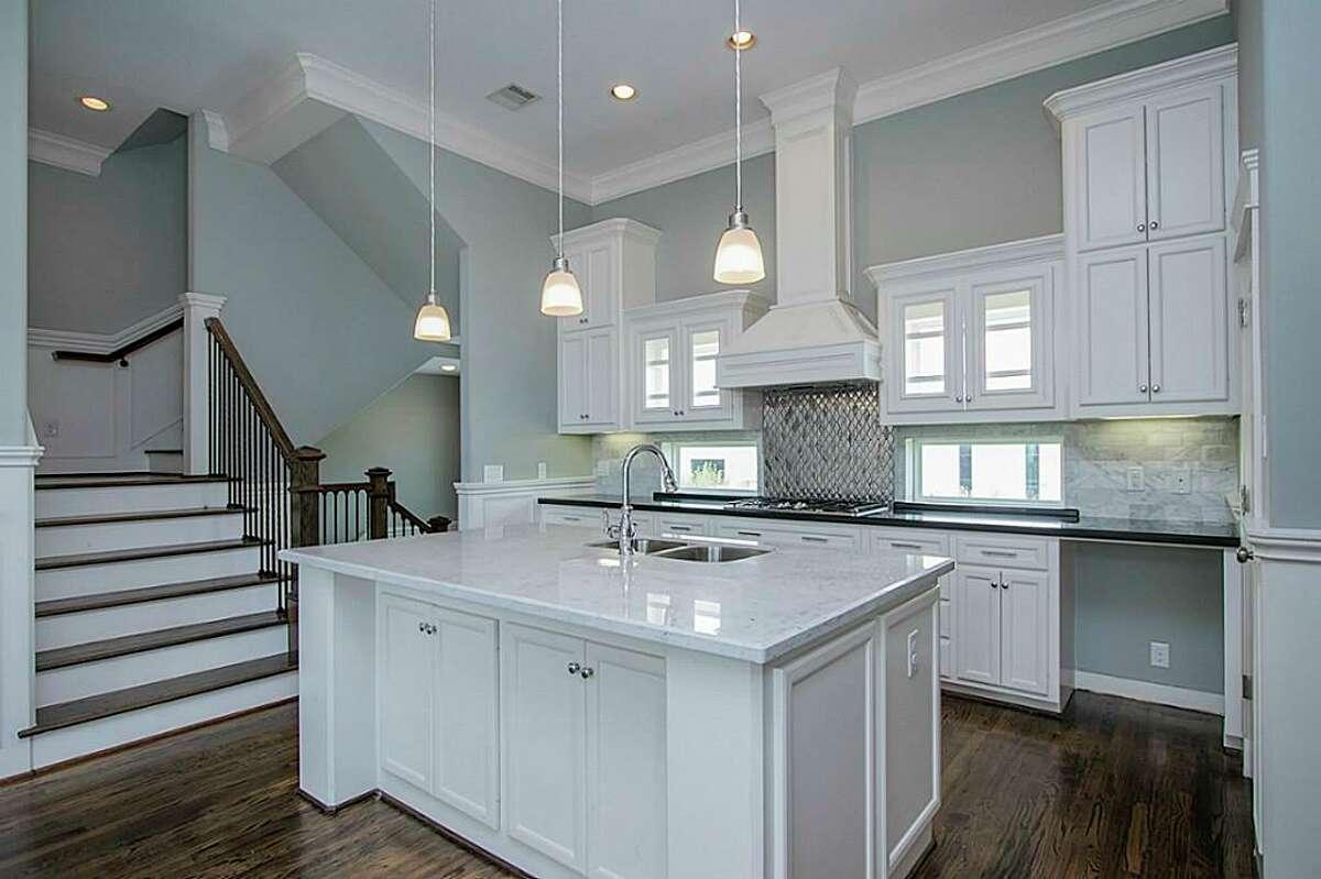 Oak Forest East Area: 2104 Oatfield List price: $334,998 Square feet: 2,112