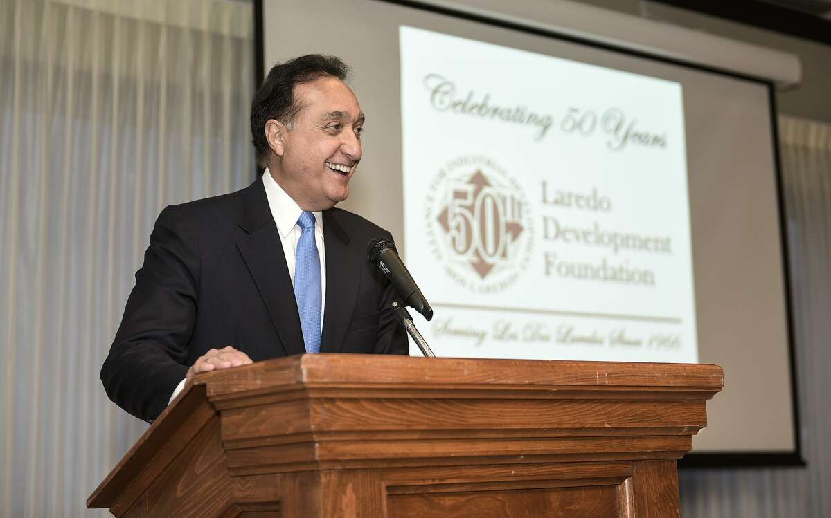 Former San Antonio Mayor and former U.S. Housing Secretary Henry Cisneros wrote the introduction to a new 66-page book on the Texas Triangle economy.