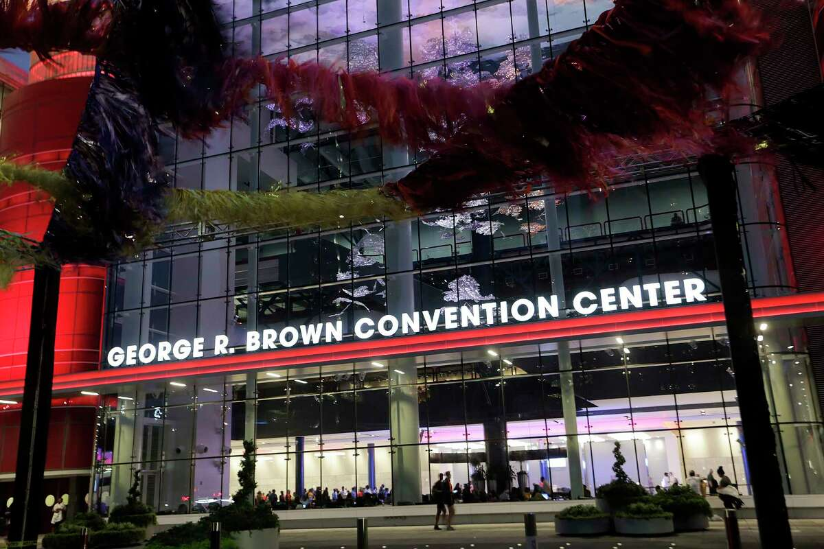 The George R. Brown Convention Center in Houston as Tropical Storm Harvey inches its way through the area on Tuesday, Aug. 29, 2017. ( Elizabeth Conley / Houston Chronicle )