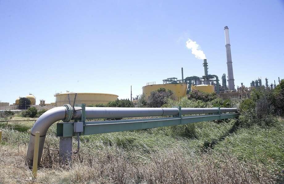 Valero drops plan to buy Martinez petroleum terminal after state ...
