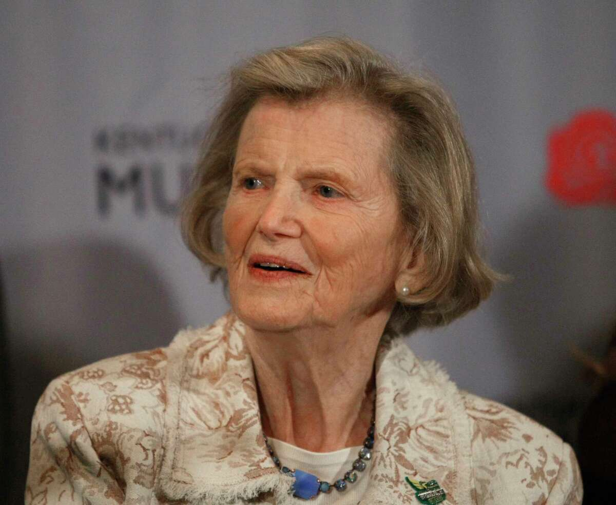 FILE - In this April 29, 2010, file photo, Secretariat owner Penny Chenery appears at a news conference about the movie based on the story of the legendary horse, in Louisville, Ky. Chenery, who bred and raced 1973 Triple Crown winner Secretariat as well as realizing her disabled father?'s dream to win the Kentucky Derby in 1972 with Riva Ridge, died Saturday, Sept. 16, 2017, at her Boulder, Colo. home following complications from a stroke, her children announced Sunday through Leonard Lusky, her longtime friend and business partner. She was 95. (AP Photo/Ed Reinke, File) ORG XMIT: NY160
