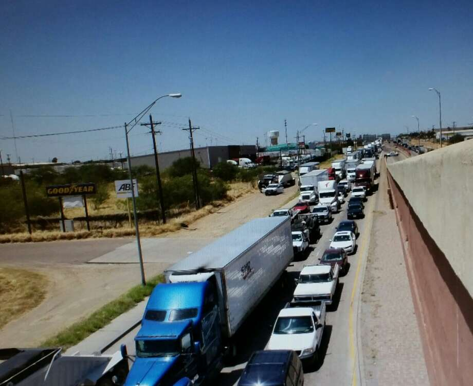 Traffic on Mines Road is shown in this file photo. Photo: Cuate Santos/Laredo Morning Times