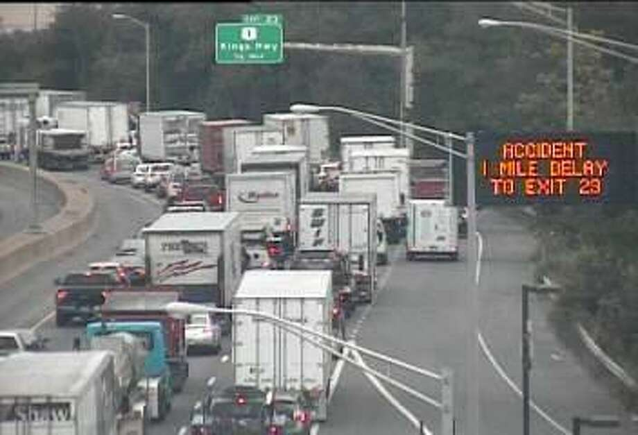 A tractor-trailer accident involving multiple vehicles in Fairfield is causing big northbound delays on I-95 on Tuesday, Sept. 19, 2017. Photo: /