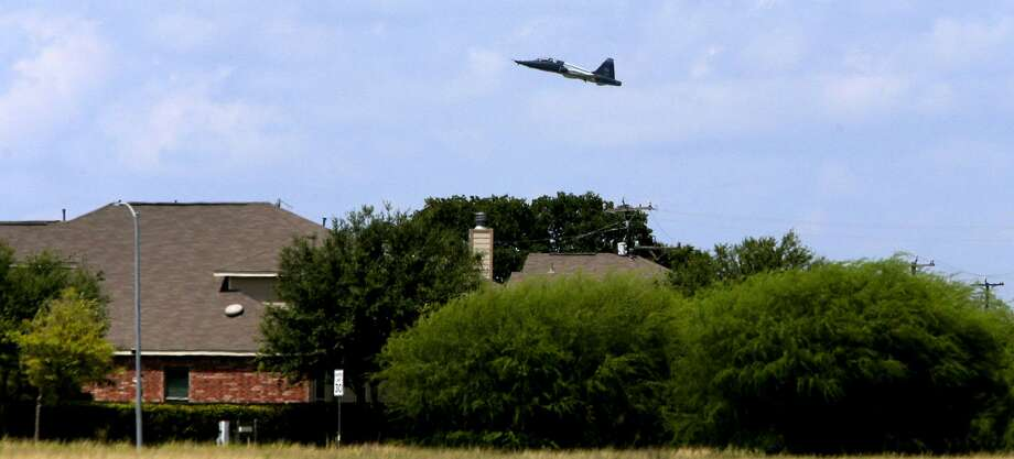A U.S. Air Force T-38 trainer takes off from Joint Base San Antonio-Randolph Monday August 21, 2017 near Schertz, Texas. The planes are taking off near an area known as an APZ or Accident Potential Zone. Subdivisions are currently being built in areas close to these APZ areas. Photo: John Davenport, STAFF / San Antonio Express-News / ©San Antonio Express-News/John Davenport