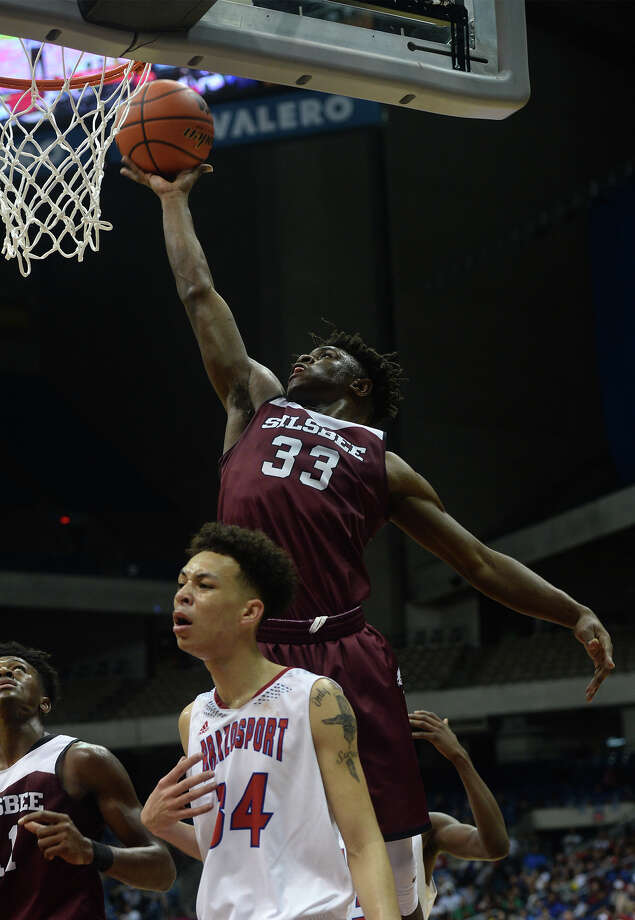 Silsbee's Kalon Barnes during the State Championships in San Antonio on Saturday. Sislbee beat Brazosport to win the state title. Photo taken March 11, 2017 Guiseppe Barranco/The Enterprise Photo: Guiseppe Barranco, Photo Editor