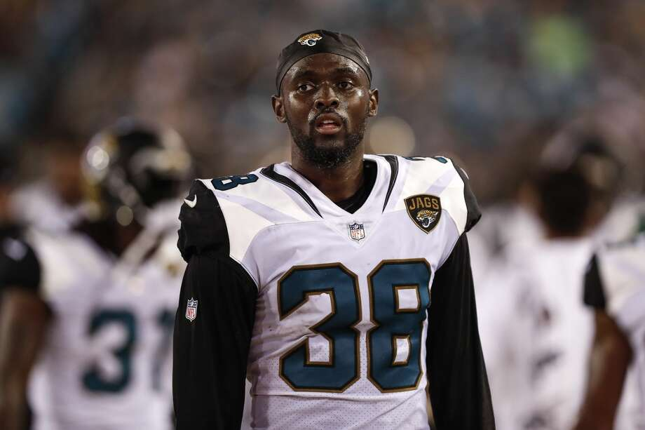 Texans work out CB Johnthan Banks, expected to sign on Wednesday