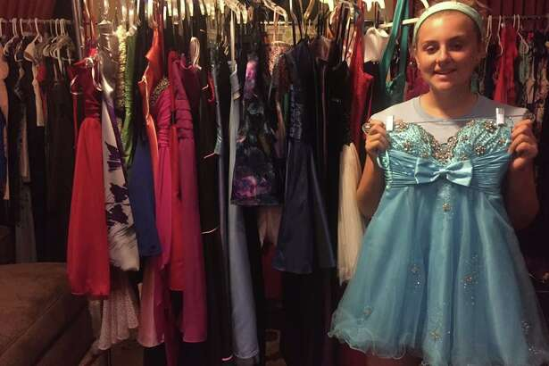 Oak Ridge High student, Ashley Reel launched the Hurricane Harvey Homecoming Dress Drive to help all Humble ISD students that were impacted by the flooding.