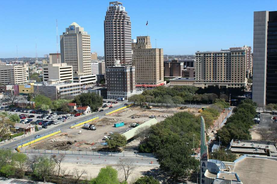 Feb. 22, 2017 @ 1:05 p.m.Time-lapse photos from the OxBlue Corp. show construction progress for the Frost Bank Tower in downtown San Antonio. Photo: Courtesy, OxBlue Corporation