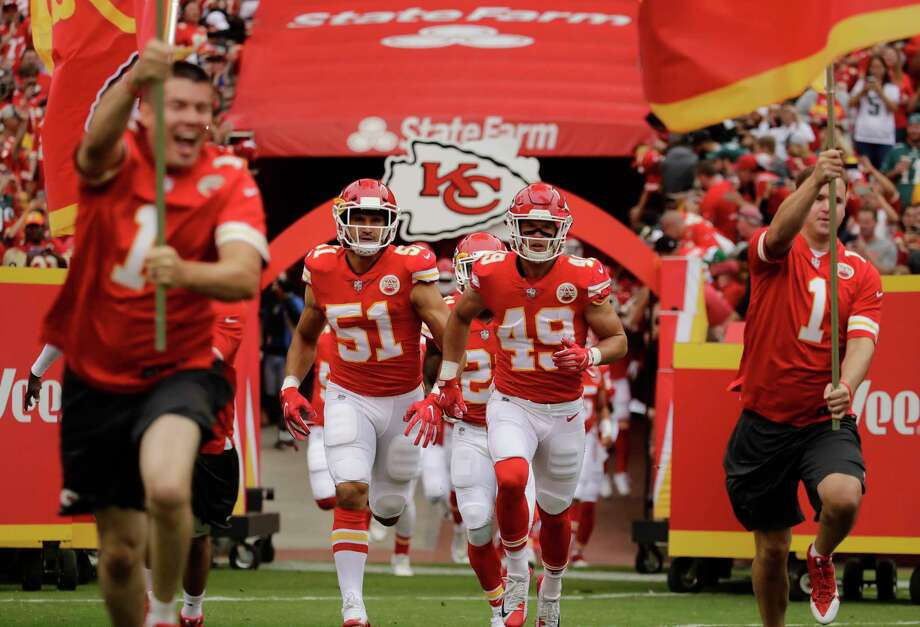 1. Kansas City (2-0)Last week: 1Rookie running back Kareem Hunt has scored five touchdowns. He might not be playing if starter Spencer Ware hadn't been injured. Photo: Charlie Riedel, Associated Press / Copyright 2017 The Associated Press. All rights reserved.