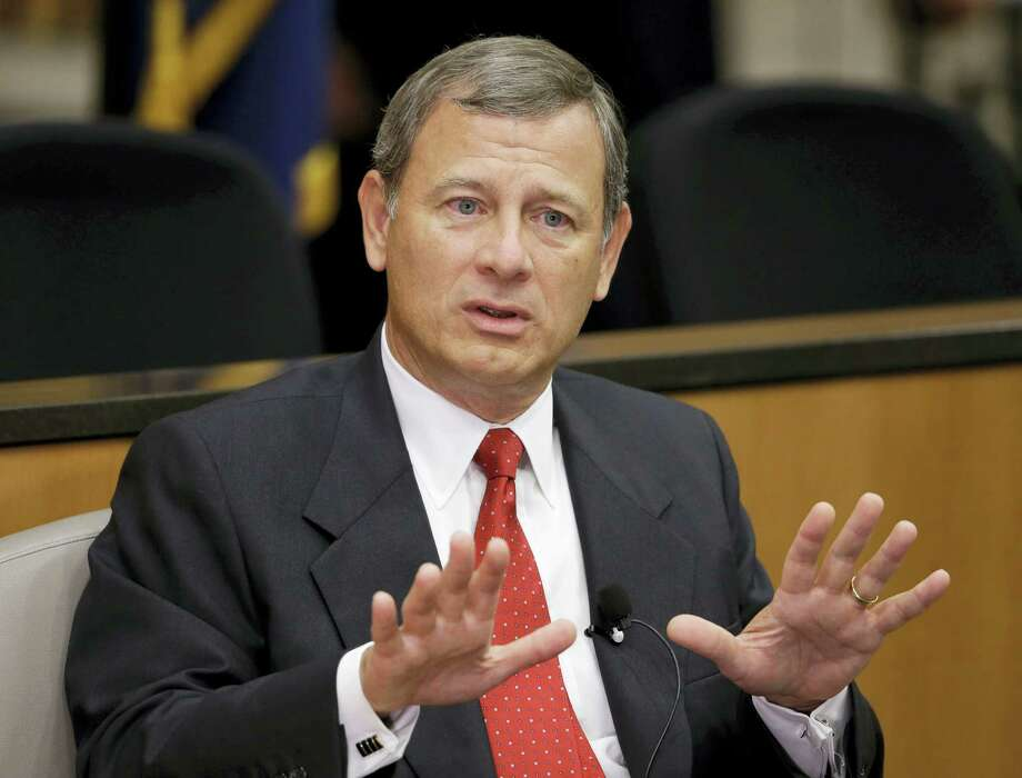 Nati Harnik / associated press  Chief Justice John Roberts speaks at the University of Nebraska Lincoln in Lincoln, Neb. Photo: AP / AP
