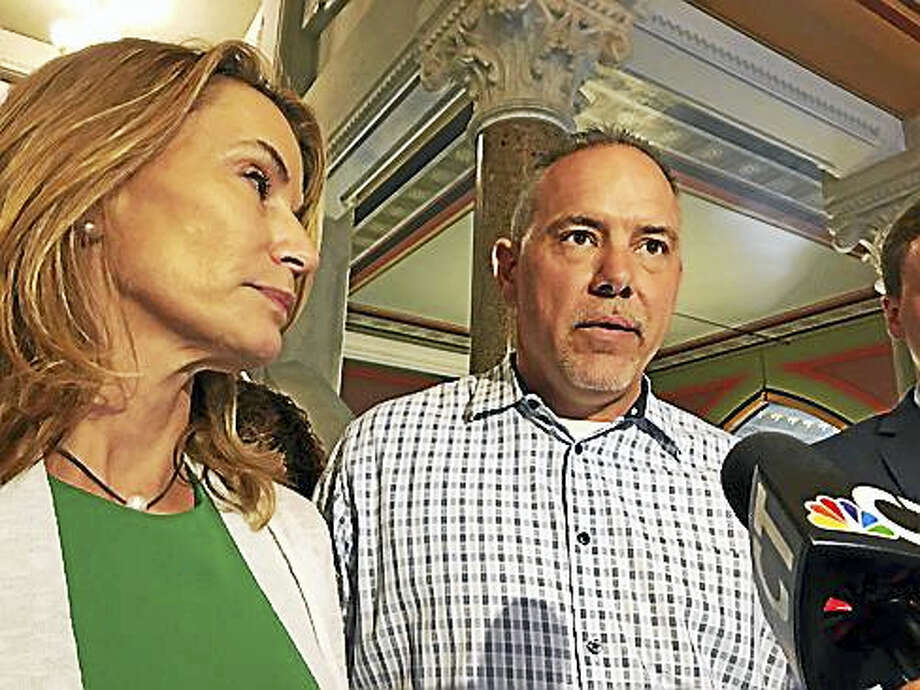House Minority Leader Themis Klarides, and House Speaker Joe Aresimowicz. Photo: Christine Stuart / CTNewsJunkie
