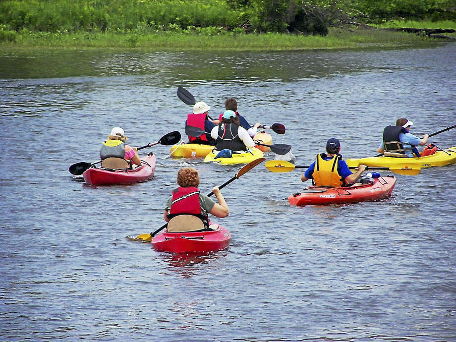 The Connecticut River Museum's first downriver paddle regatta to benefit the Museum's education scholarship fund will take place on August 13th, 2017 from 8:00 - 3:00.  The Regatta is open to all paddle craft- canoes, kayaks, stand up paddleboards and rowboats! The 9 mile race will start at Eagle Landing State Park in Haddam and finish in front of the Connecticut River Museum in Essex. Paddlers will haul out at the Essex town boat launch and transportation will be provided back up to Eagle Landing State Park. There will also be activities on the Museum lawn throughout the day, including stand-up paddle board demonstrations by Paddleworks of Clinton and a family fun paddle parade in Essex Harbor at 12:00. Refreshments will be available from Porky Pete's, Deep River Snacks, and Cannoli's on the Run.   Pre –Registration is $30 per paddler with an additional $70 fundraising goal or $110 registration fee day of event. Prizes will be awarded for race winners and top individual and team fundraisers. All proceeds from the event will go directly toward supporting the Museum's education scholarship fund.   During the 2016/17 school year 4,000 school children from across the state of Connecticut received invaluable hands-on history and environmentally-based programs at the Museum and in their classrooms.  The scholarship program allowed for nearly 1,000 of these students to receive free or reduced admission – creating invaluable opportunities for students who might not otherwise have this experience.     For more information about this program visit the website at ctrivermuseum.org or contact the Connecticut River Museum at 860.767.8269 Photo: CREDIT HERE