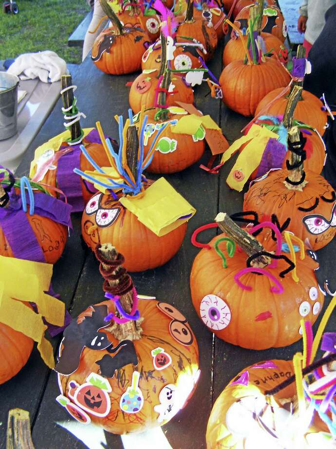 Quassy Amusement Park will hold its annual Oktoberfest on Saturday and Sunday, Sept. 23-24, with many activities including pumpkin decorating for children. Photo: Contributed Photo