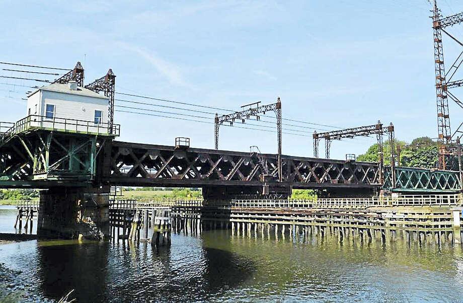 The Metro-North Railroad Walk Bridge over the Norwalk River. Photo: Alex Von Kleydorff / Hearst Connecticut Media