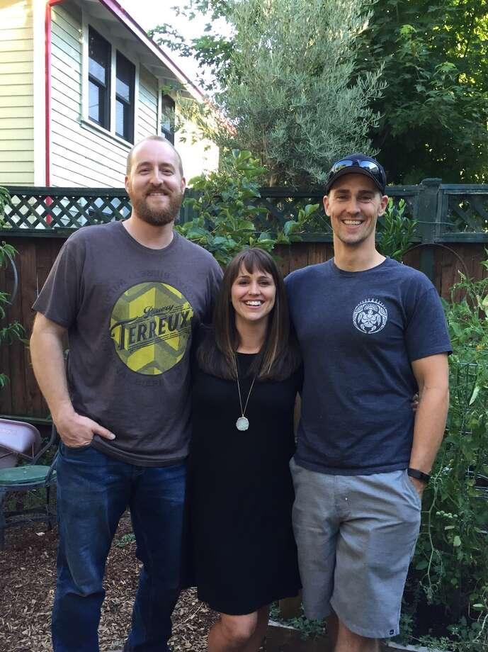 Siblings Tim McNulty, Jaclyn Baxter and Loren Chase. Baxter discovered her siblings after taking a 23andMe DNA test in March 2017. Photo: Courtesy: Jaclyn Baxter
