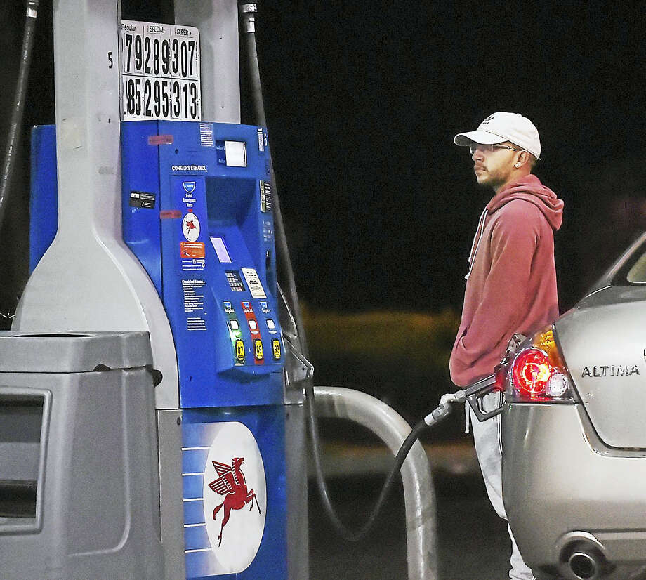 Catherine Avalone / Hearst Connecticut Media  The gas price for 87 octane regular unleaded gasoline is $2.79, cash price and $2.85 for credit at the Mobil Mart at 248 Boston Post Road in Orange, Saturday. For 89 octane, cash is $2.89 and credit is $2.95 and for 93 octane, cash price is $3.07 and credit is at $3.13. Photo: Hearst Connecticut Media / New Haven Register