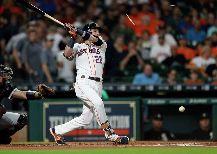 Houston Astros Josh Reddick (22) breaks his bat during the first inning of an MLB baseball game at Minute Maid Park, Tuesday, Sept. 19, 2017, in Houston. Photo: Karen Warren, Houston Chronicle / @ 2017 Houston Chronicle