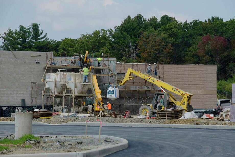 Construction work continues on ShopRite's new store on Monday, Sept. 18, 2017, in North Greenbush, N.Y.    (Paul Buckowski / Times Union) Photo: PAUL BUCKOWSKI, Albany Times Union / 20041580A