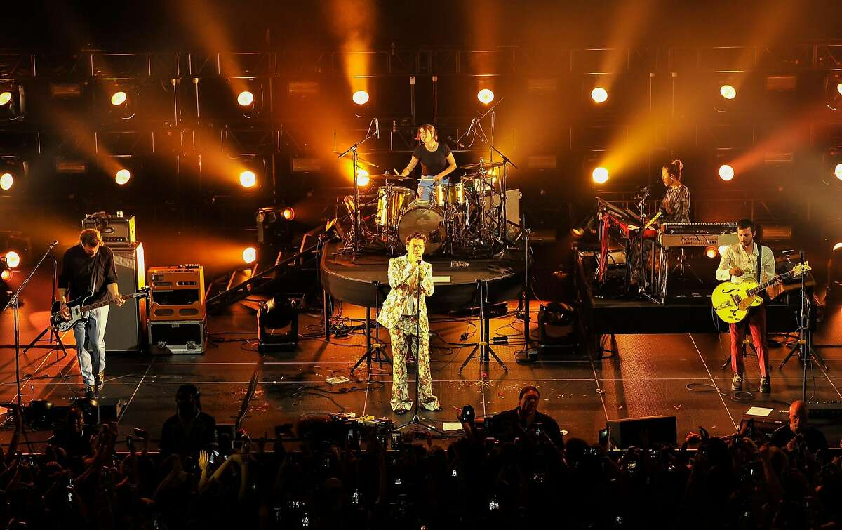 """One Direction star Harry Styles kicks off his first solo world tour at the Masonic in San Francisco on Tuesday, September 19, 2017. Critic Aidin Vaziri says, """"The screams certainly haven�t subsided for Styles."""""""