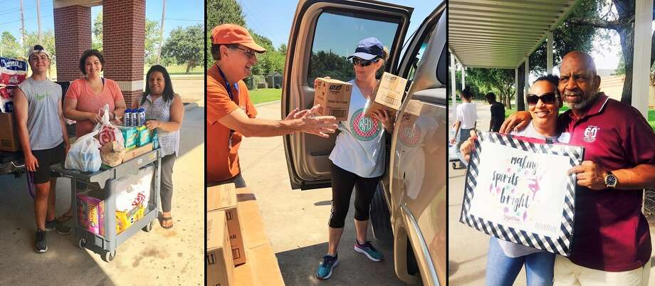 Fort Bend Junior Service League members delivering items for Hurricane Harvey relief. Photo: Fort Bend Junior Service League