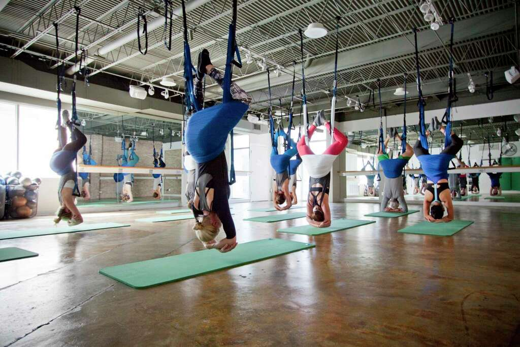 define mind  u0026amp  body is taking residents in the heights to new heights in an new fitness studio lets clients relax in hammocks or  u0027rev u0027 up on      rh   chron