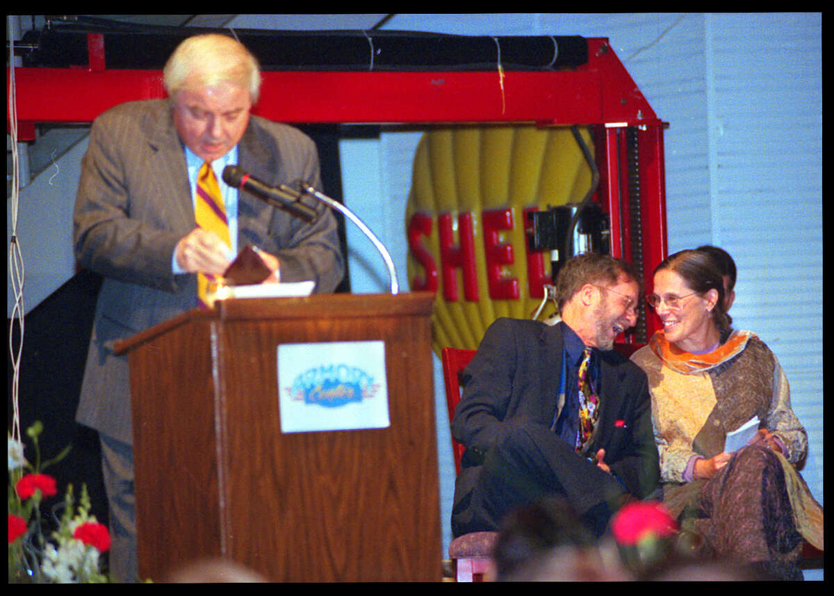 Times Union Staff Photo by Stacey Lauren -- WNYT NewsChannel 13 anchor Ed Dague, left, was the Master of Ceremonies for the WAMC Roast and Toast of Alan Chartock, a fundraiser for the new WAMC Performing Arts Studio on October 19, 2001 at the Armory Center in Albany, NY. Right Dr. Alan Chartock, Executive Director of WAMC, and his wife Roselle Kline Chartock are clearly amused by light-hearted gest.