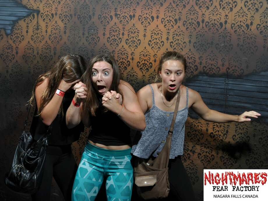 Halloween is the spookiest time of year, and visitors to the Nightmares Fear Factory in Niagara Falls, Canada experienced first-hand fright that was hilariously captured on hidden camera for all to see. Photo: Nightmares Fear Factory