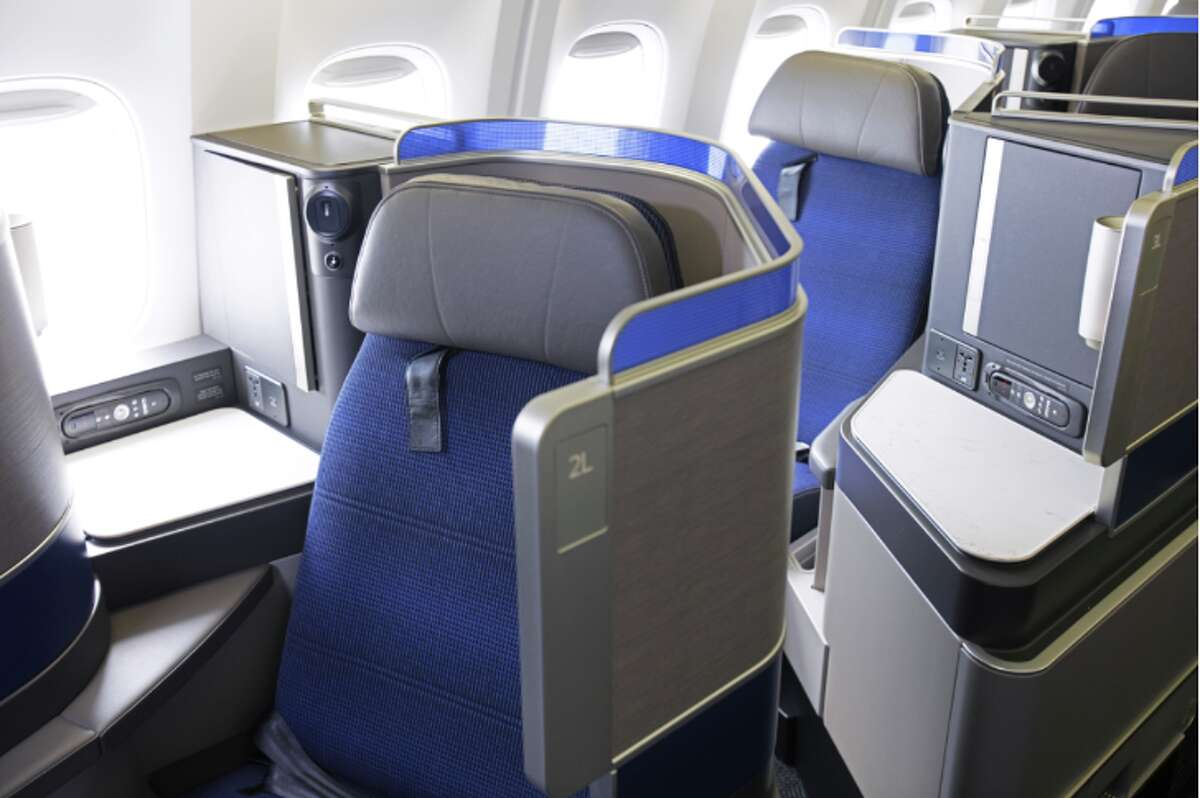 Odd-numbered window seats are more private on in United's B767 Polaris business class