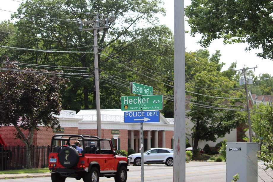Town officials are seeking improvements at several intersections along the Post Road. Photo: Justin Papp / Hearst Connecticut Media / Darien News