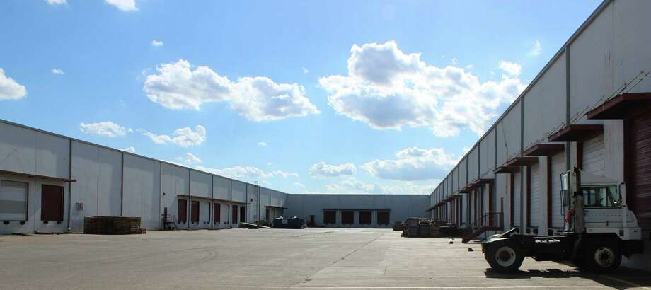 Houston-based Polymers Packaging & Warehousing has acquired a 275,000-square-foot warehouse at 550 Aleen Street from Aleen Street Associates. The company suppliesmultiple types of plastic resins, which they export worldwide. Photo: JLL